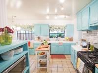 Голубая кухня — 75 фото уютного и спокойного дизайна