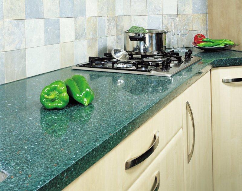 Синяя кухня зеленая столешница столешница термодерево цена