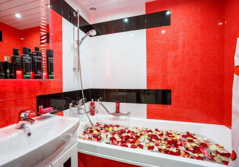 Красная ванная комната - 75 фото яркого дизайна