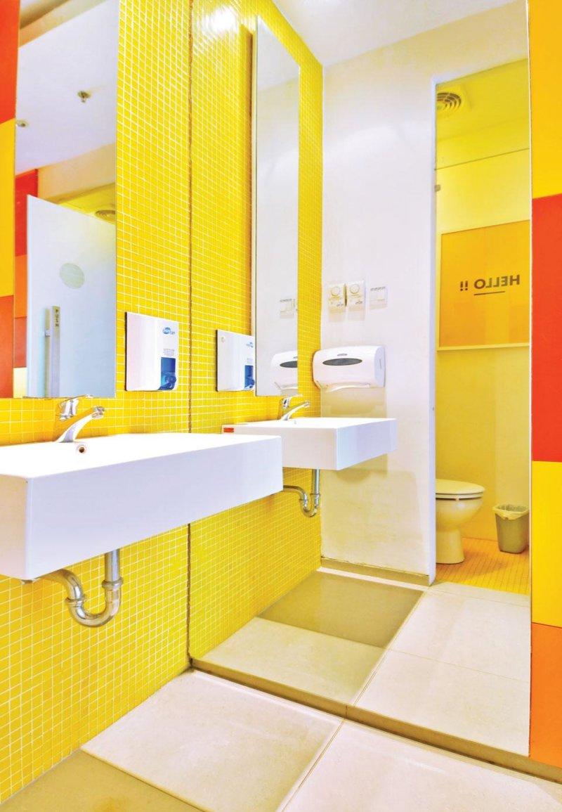 Paint bathroom tile