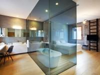 Ванная в спальне — необычное решения в интерьере (55 фото)