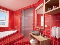Красная ванная комната — дизайна ванной в красных тонах (75 фото)